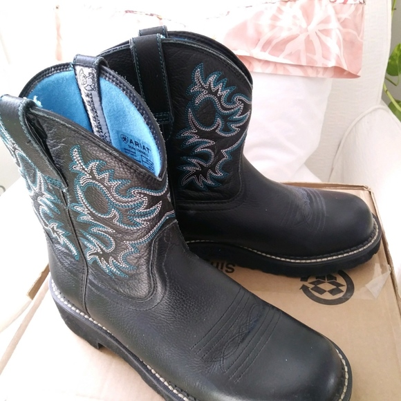 Ariat Shoes - Ariat Fatbaby boots blue and black size 8.5